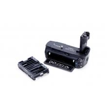 Genuine Canon Battery Grip BG-E11 for Canon 5D Mk III Digital Camera