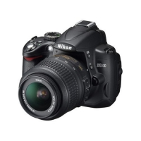 Nikon D5000 Digital SLR Camera (18-55 mm VR Lens Kit)