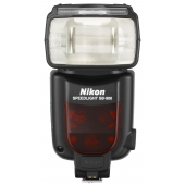 Nikon SB-900 Speedlight Flash Unit