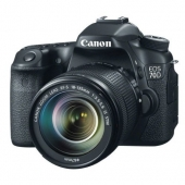Canon EOS 70D Digital Camera including 18-135mm 3.5-5.6 EF-S IS USM Lens